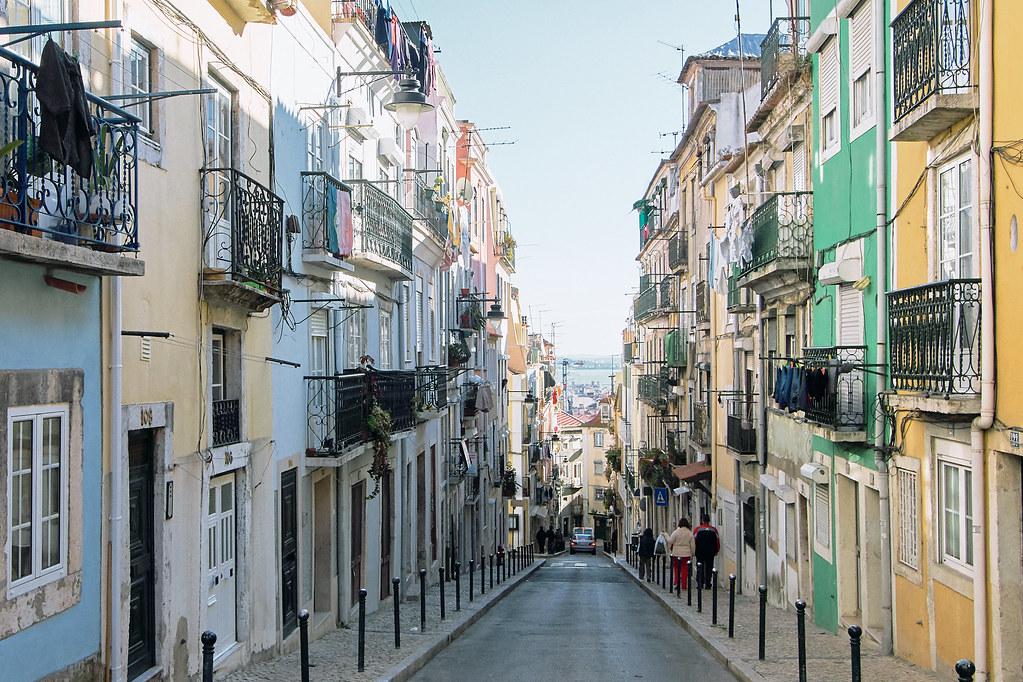 UK, SPAIN & PORTUGAL Luxury Cruise - Image 7
