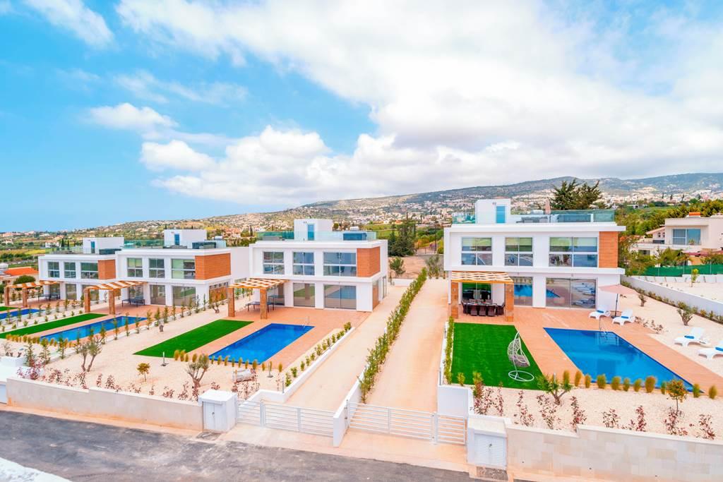 Cyprus Private Villa Couples Retreat - Image 2