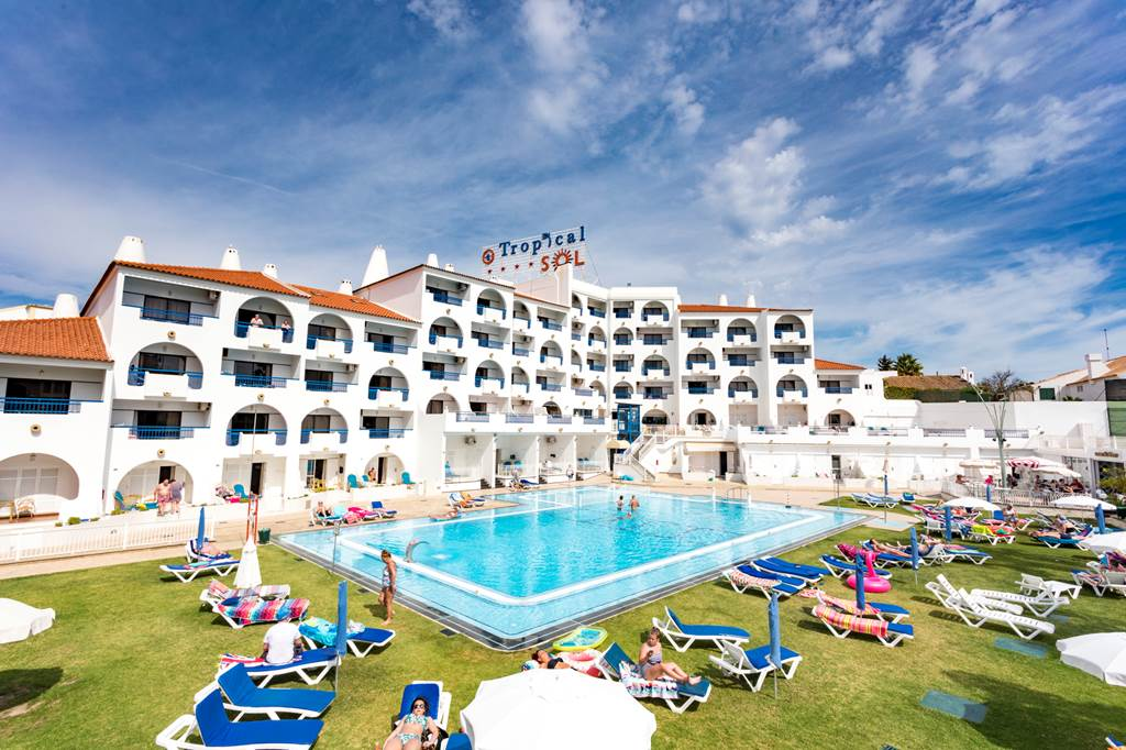 Algarve Summer Deal Peak Dates - Image 1