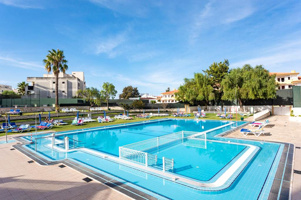 Algarve Summer Deal Peak Dates - Image 4