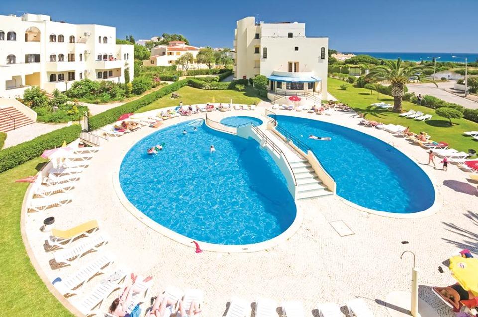Last Min Peak Algarve Family Bargain - Image 2