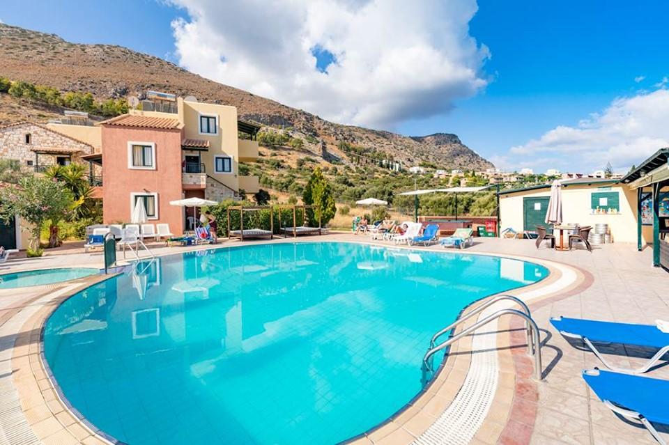 Crete Peak Summer Bargain - Image 1
