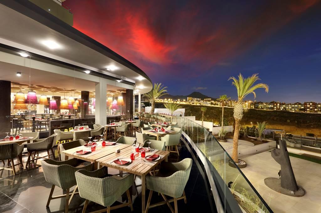 Perfect 5* Tenerife Xmas present - Image 4