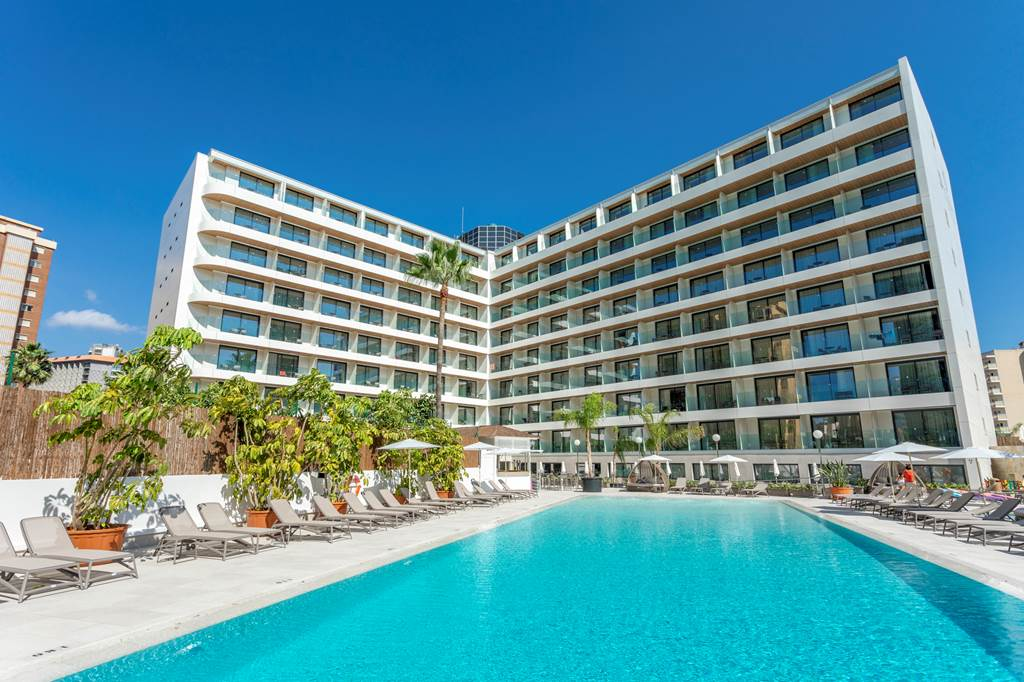 Spring 2020 BENIDORM #1 RANKED HOTEL - Image 1