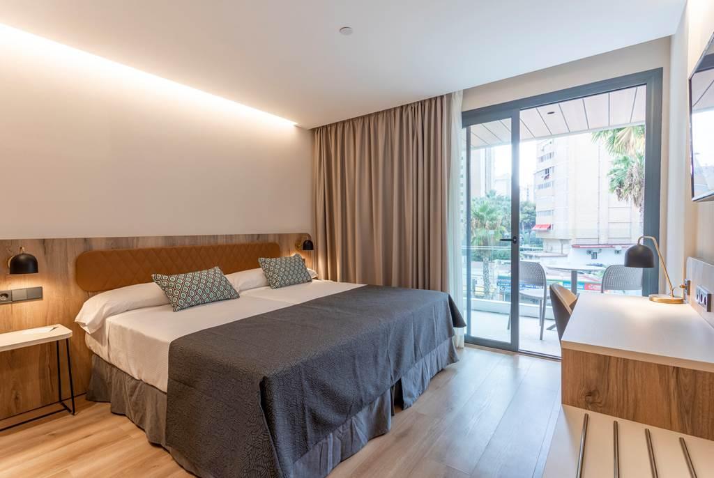Spring 2020 BENIDORM #1 RANKED HOTEL - Image 3