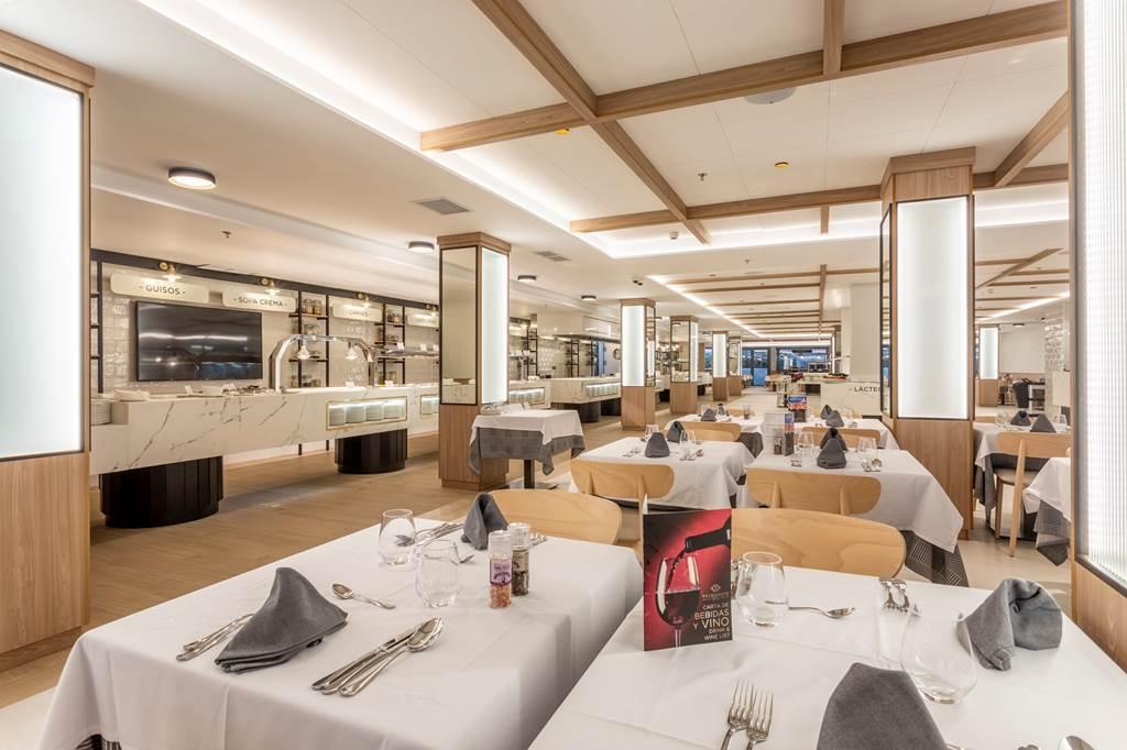 Spring 2020 BENIDORM #1 RANKED HOTEL - Image 4