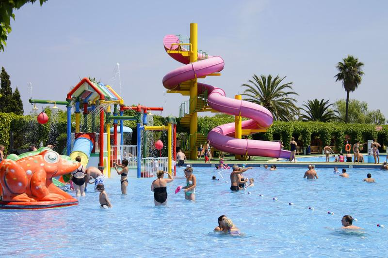 Waterpark Wonder Family Deal - Image 2