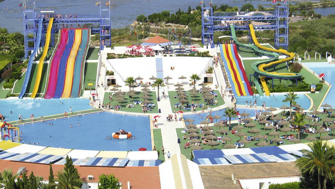 Waterpark Wonder Family Deal - Image 1