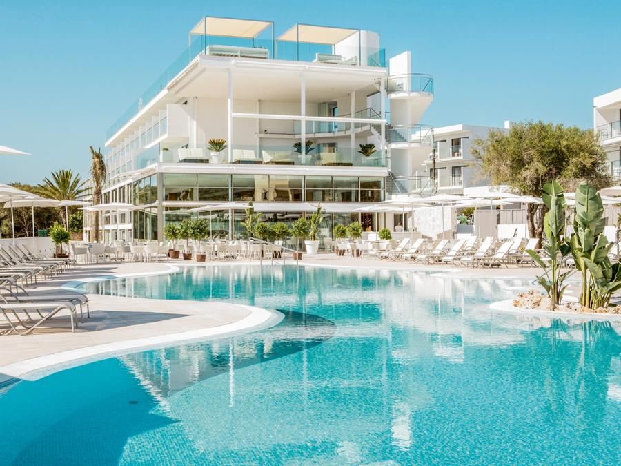 4* Adult Only Escape in Majorca - Image 8