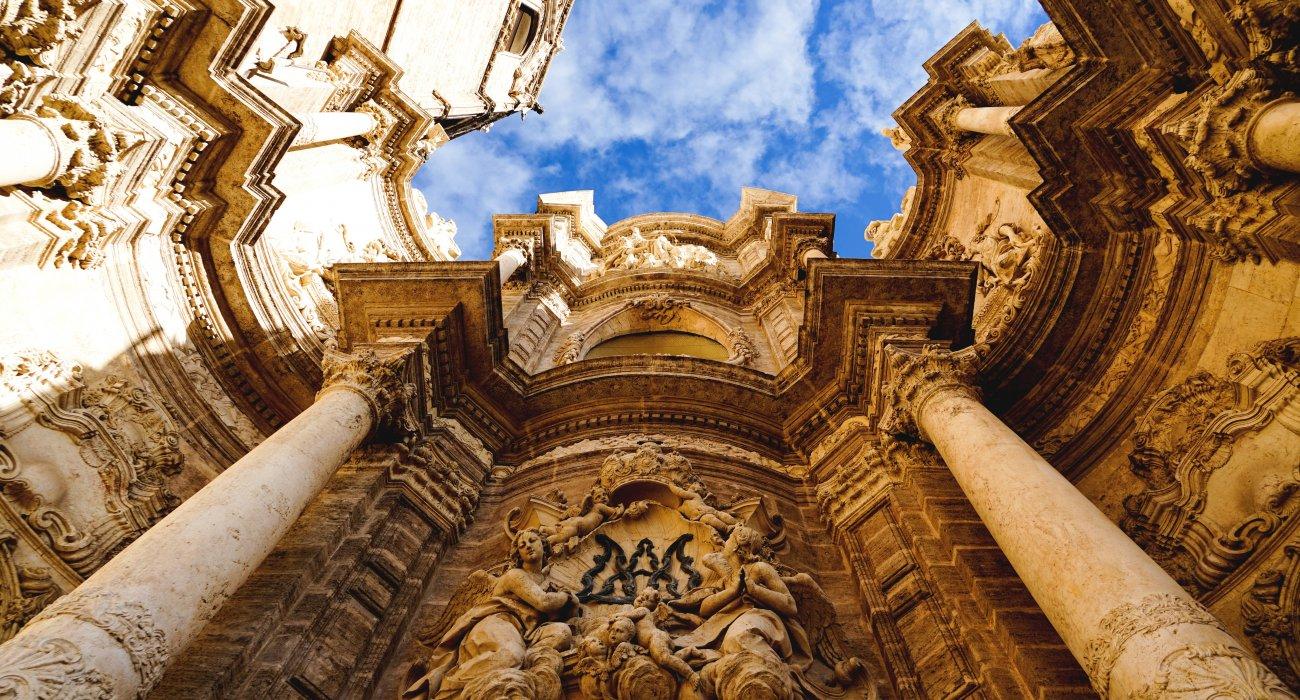 4* Valencia Citybreaks - Image 4