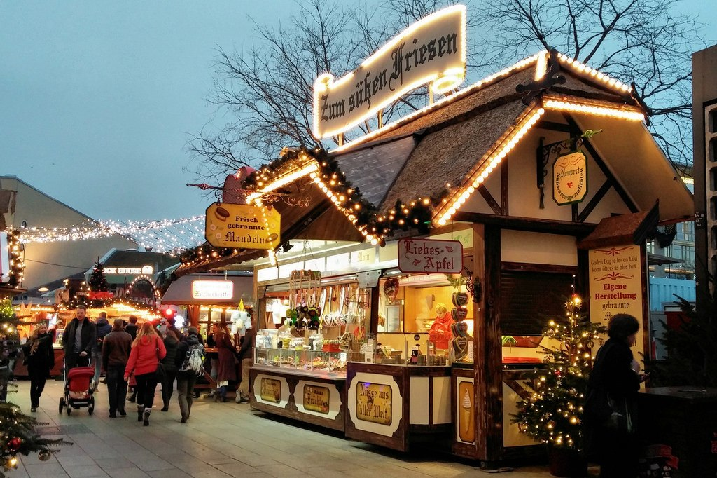 Amsterdam Christmas Markets - Image 1