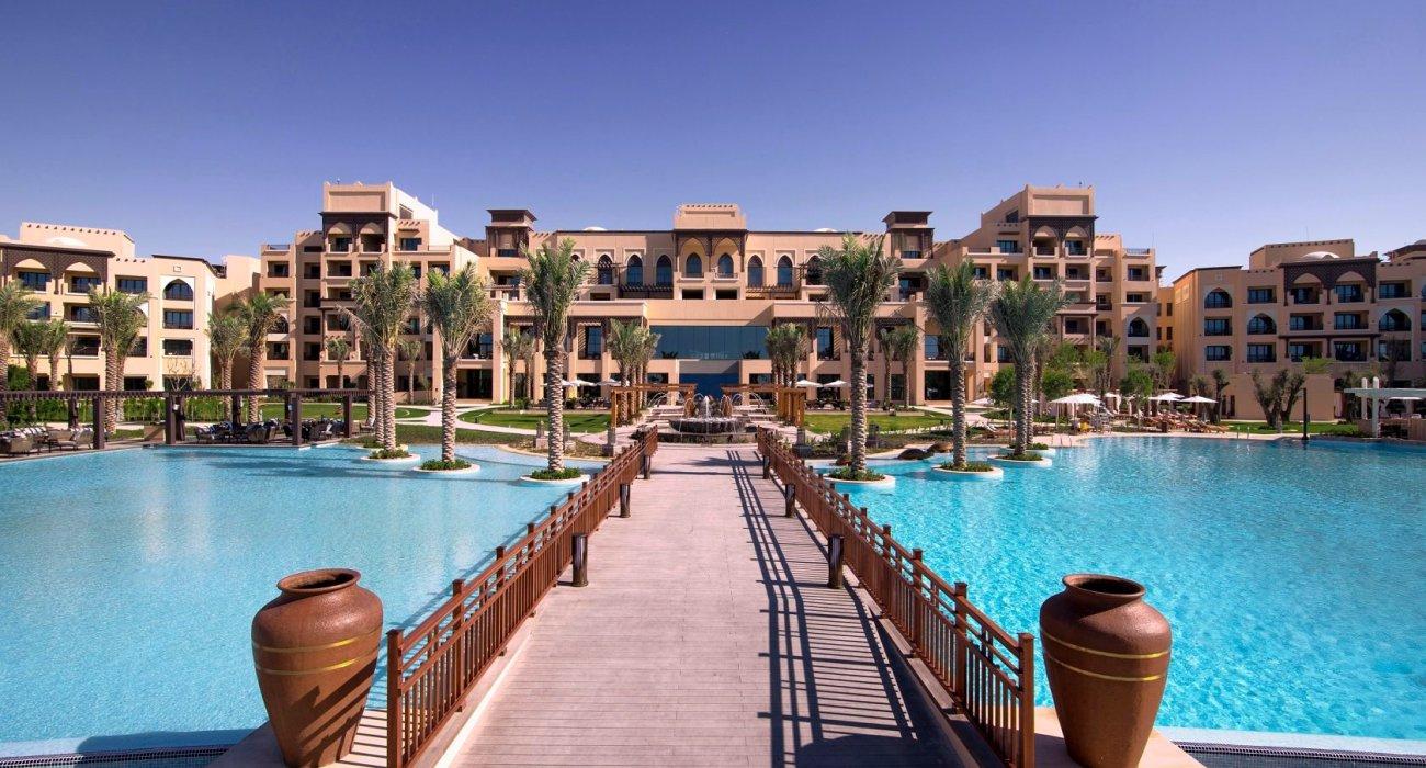 5 Star Luxury Abu Dhabi - Image 1