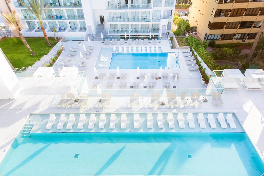 4* Adults Only Santa Ponsa - Image 3