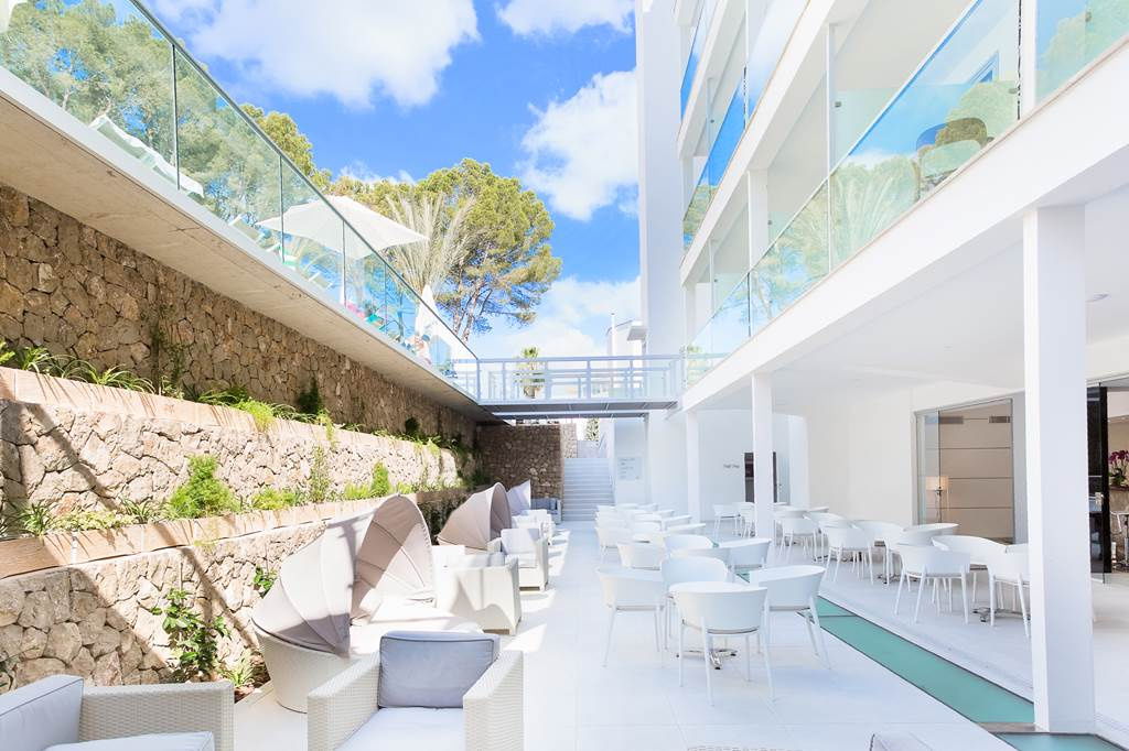 4* Adults Only Santa Ponsa - Image 5