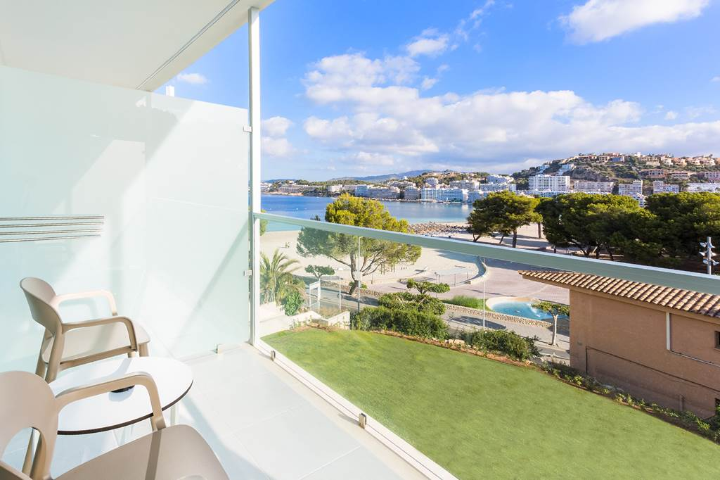 4* Adults Only Santa Ponsa - Image 9