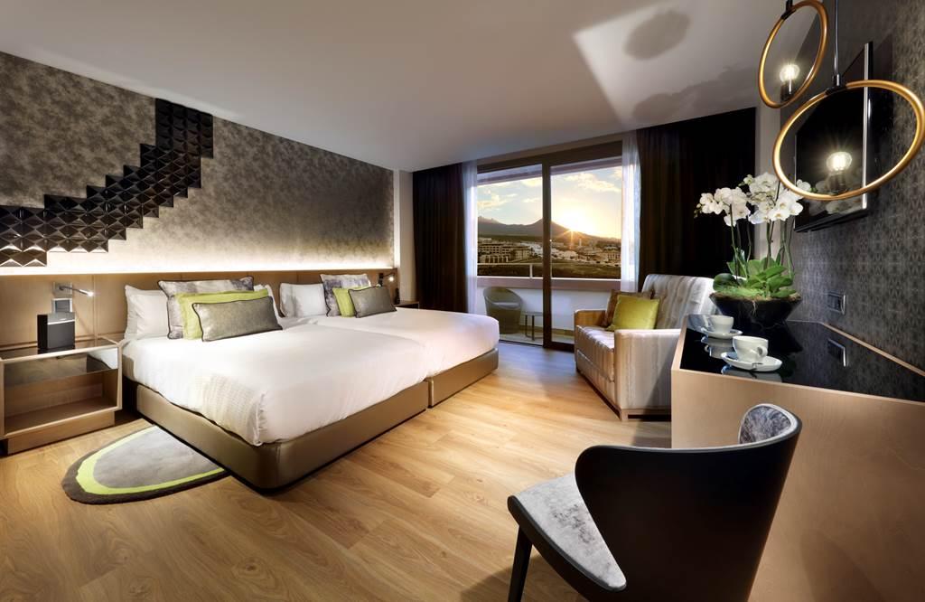 5* Hard Rock Hotel Tenerife - Image 6