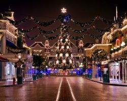 Most Magical Time Of The Year Disneyland Paris