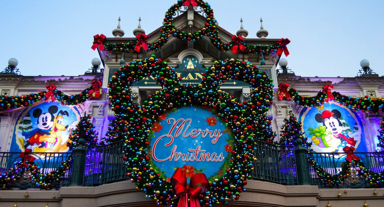 Most Magical Time Of The Year Disneyland Paris - Image 8