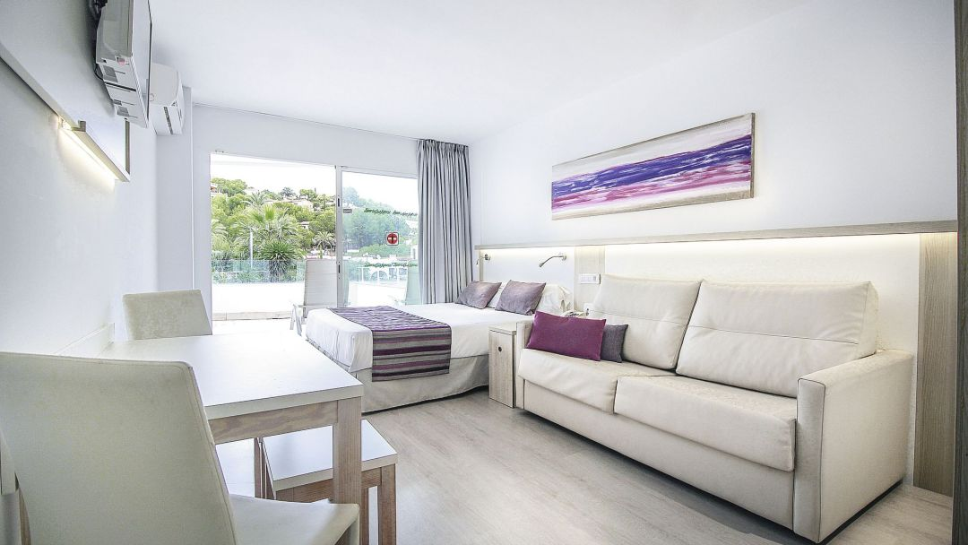 Santa Ponsa Majorca Family of 5 offer - Image 3