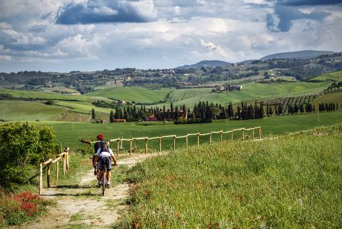 Cycle Tour in Tuscany Italy - Image 1