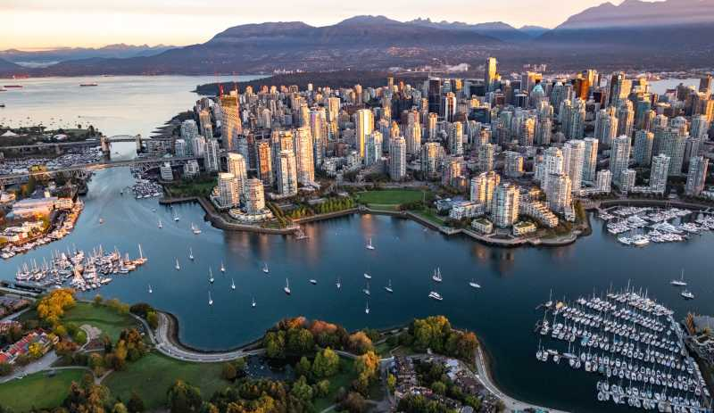 Fabulous Vancouver Package Offer - Image 1
