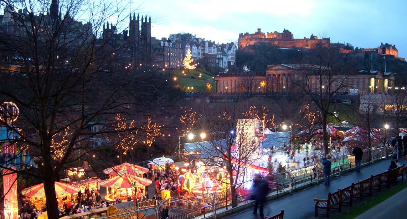 Edinburgh Visit the Christmas Markets - Image 1