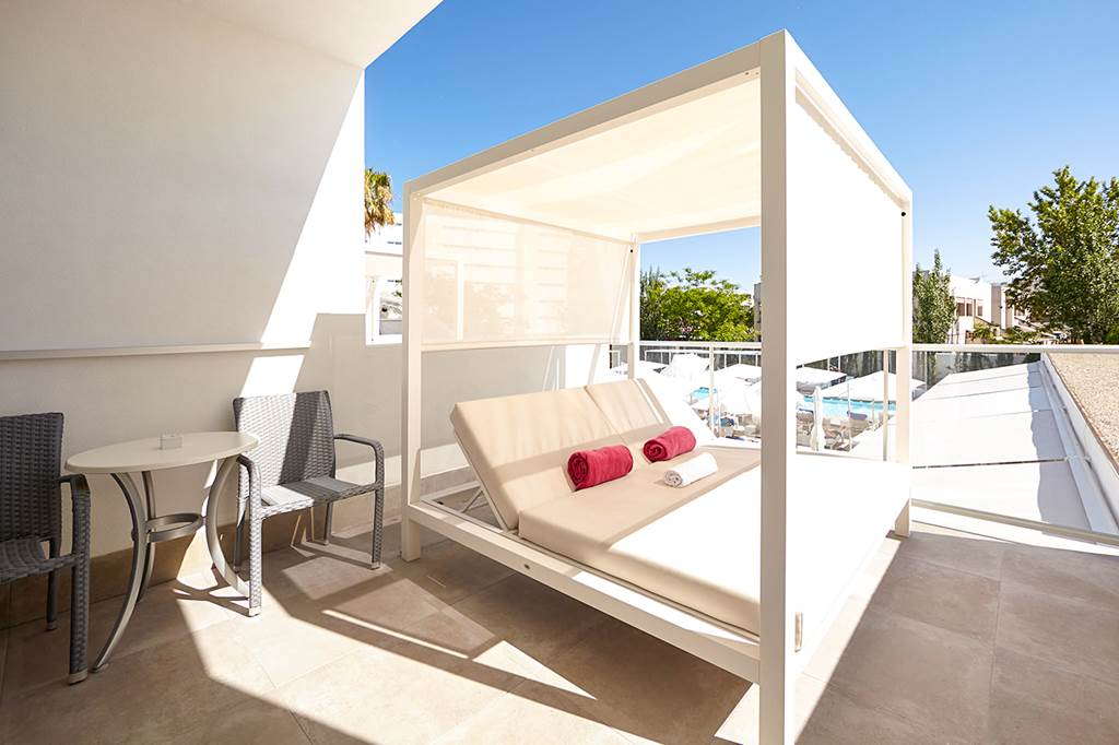 4* Superior Alcudia Adults Only Summer 2020 - Image 6