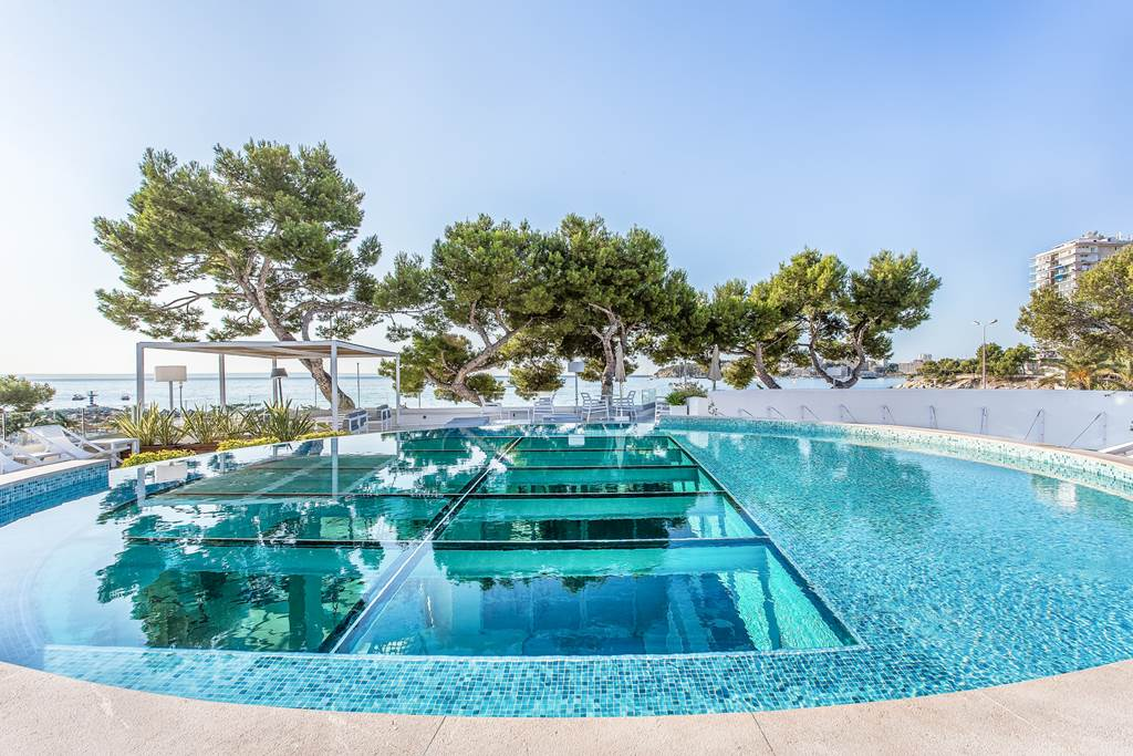 Adult Only Luxury in Palma Nova Summer '20 - Image 1