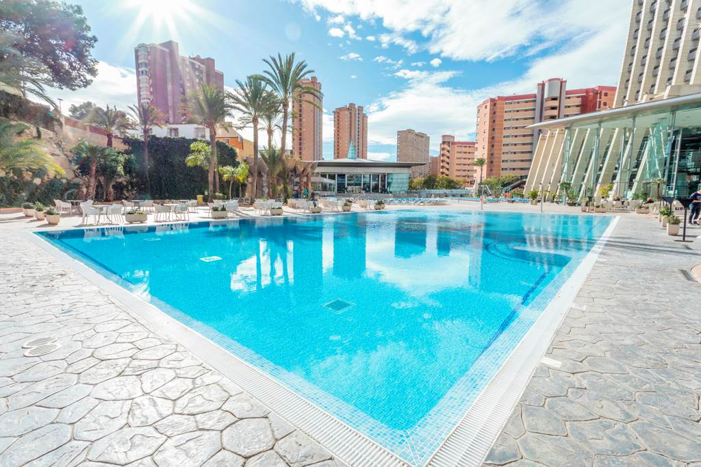 Late Offer to Benidorm Spain - Image 1