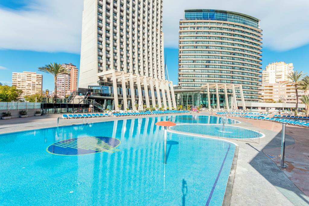 Late Offer to Benidorm Spain - Image 2