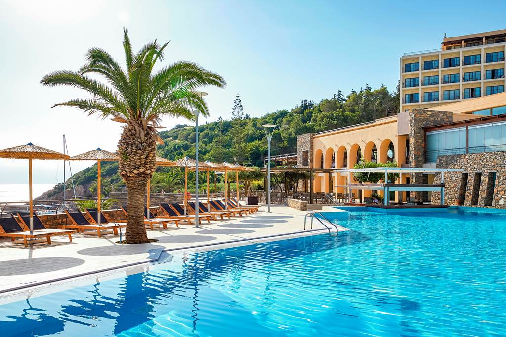 Crete Luxury May Half Board Bargain - Image 1