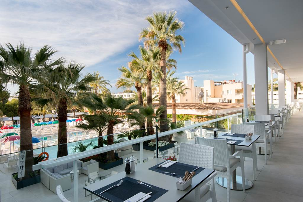 Palma Nova 4* Adults Only - Image 2