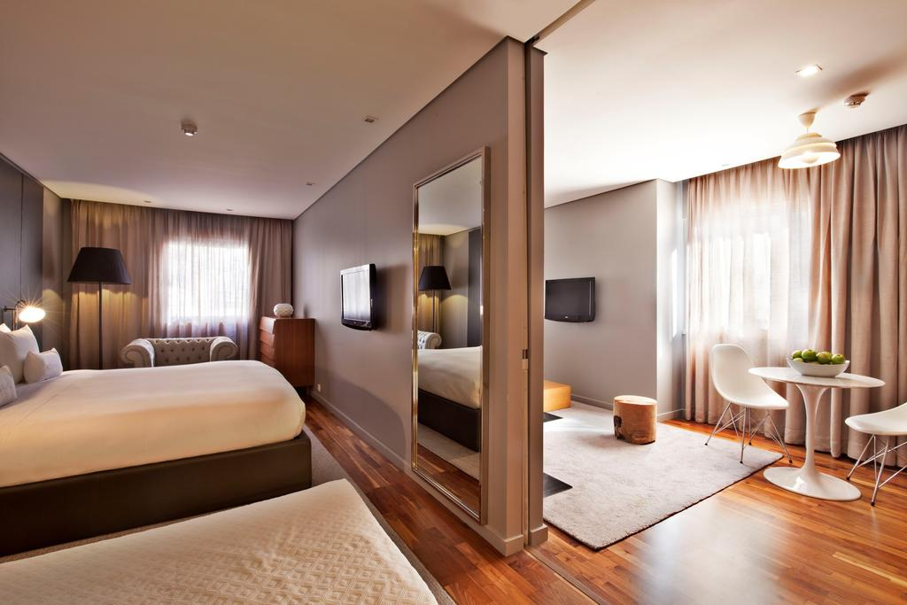 4* Lisbon City Break - Image 4