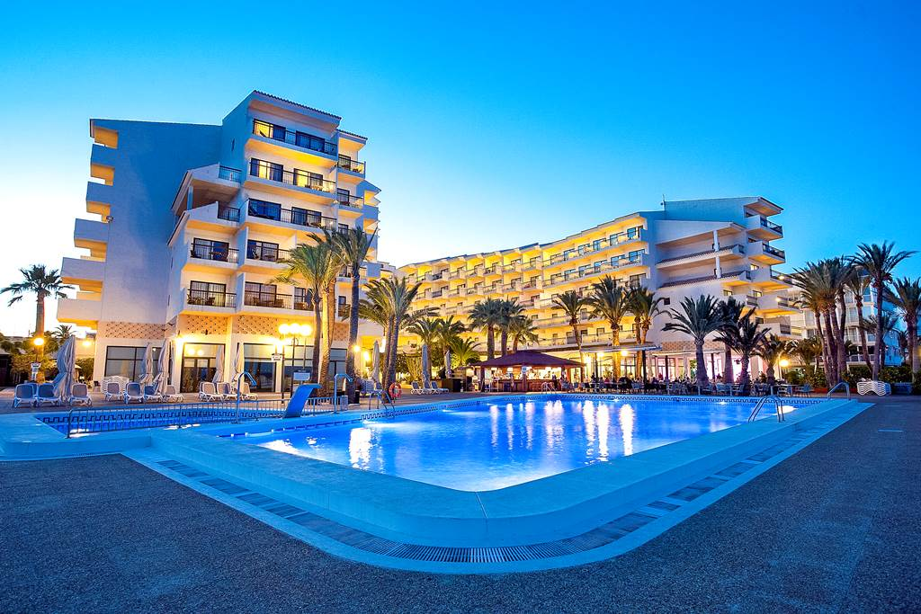 Costa Blanca LAST MIN 4* BEACHFRONT BLISS - Image 2
