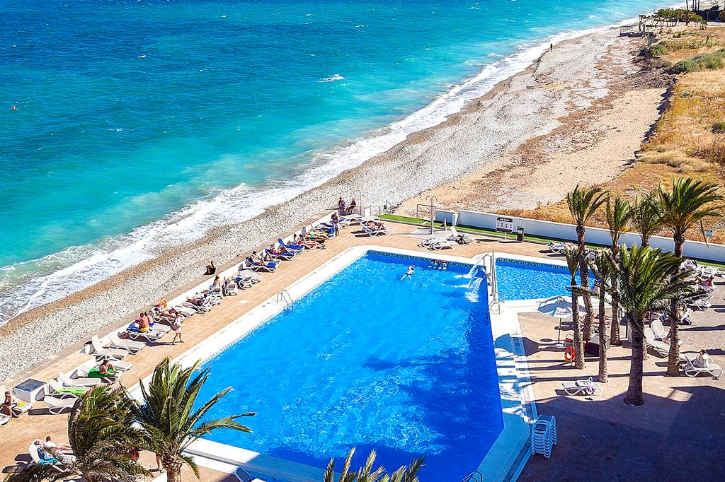 Costa Blanca LAST MIN 4* BEACHFRONT BLISS - Image 1