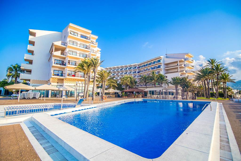 Costa Blanca LAST MIN 4* BEACHFRONT BLISS - Image 5