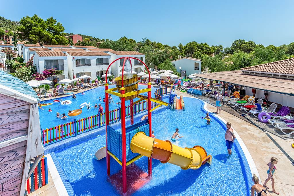 May Day Hols 4* Family All Inclusive - Image 1