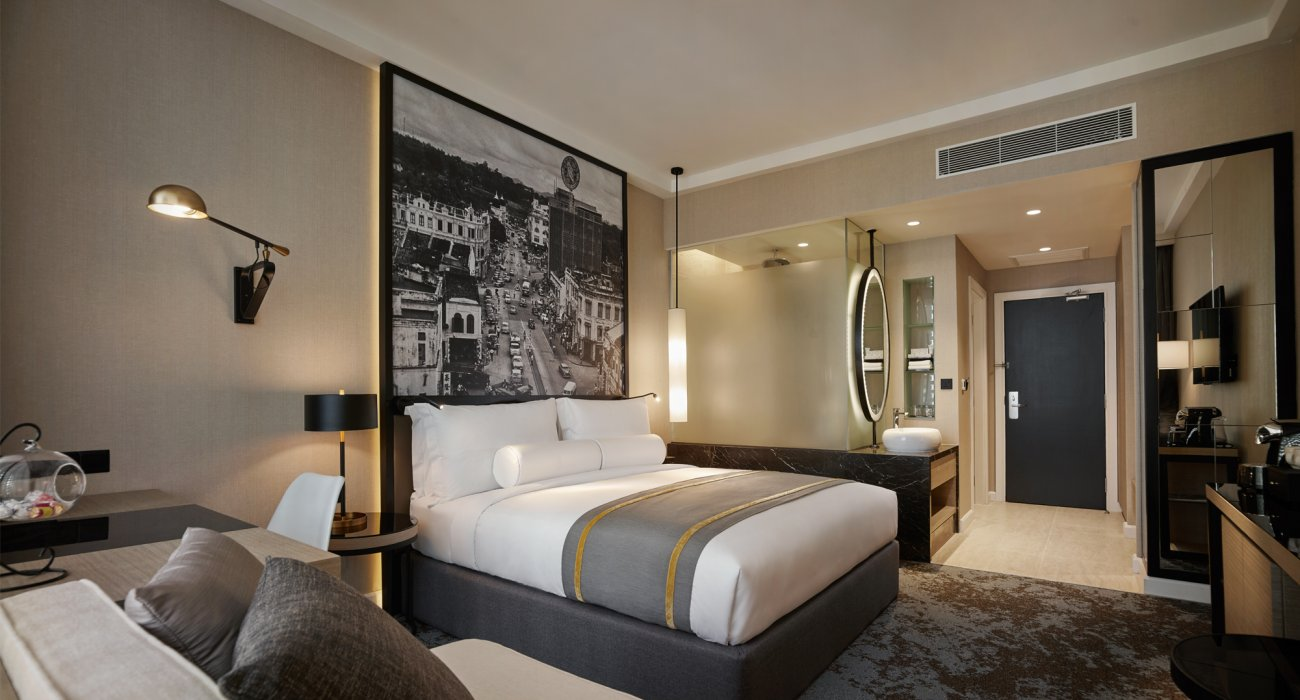 Luxury 5* Three Centre Far East & Dubai - Image 10