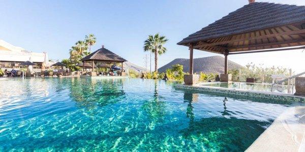 14 Nights of Luxury in Tenerife