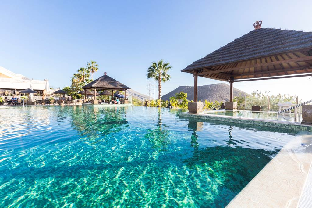 14 Nights of Luxury in Tenerife - Image 1