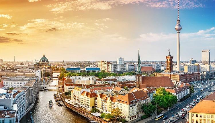5* Berlin Winter City Breaks - Image 1
