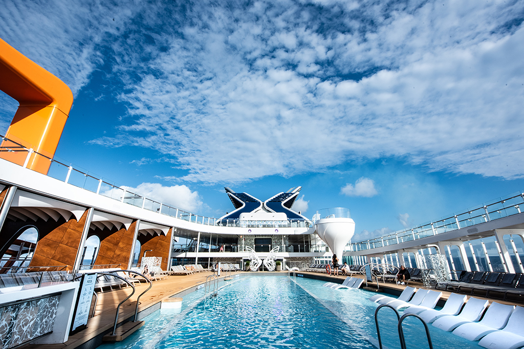 5* Celebrity Apex Cruise – FREE FLIGHTS - Image 5