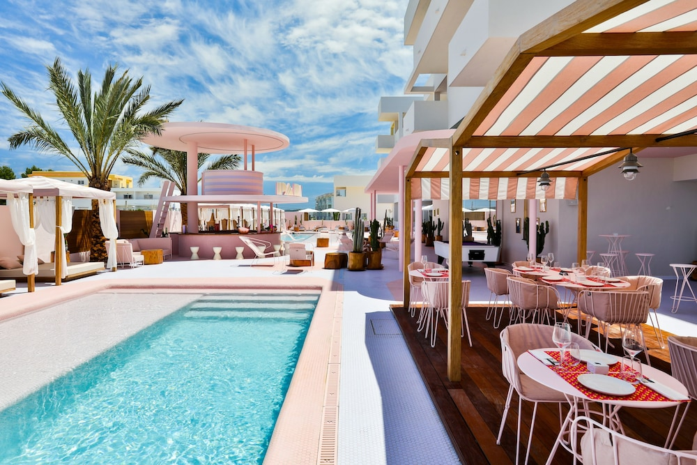 Oct 2020 4* Ibiza Short Trip - Image 1