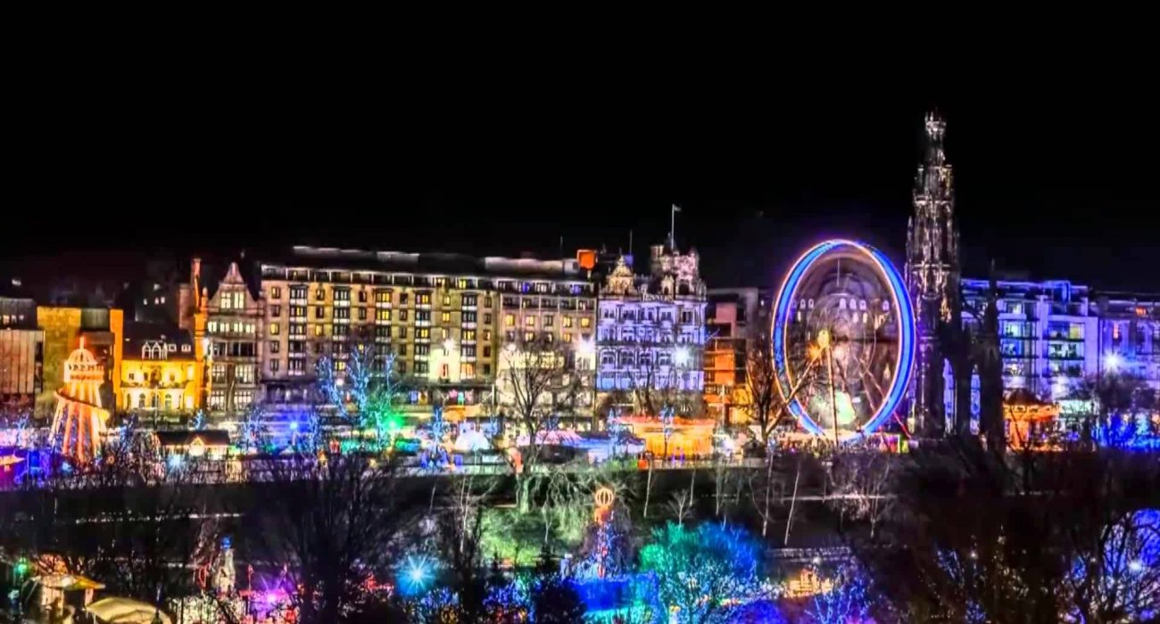 Enchanting Edinburgh Christmas Markets - Image 6