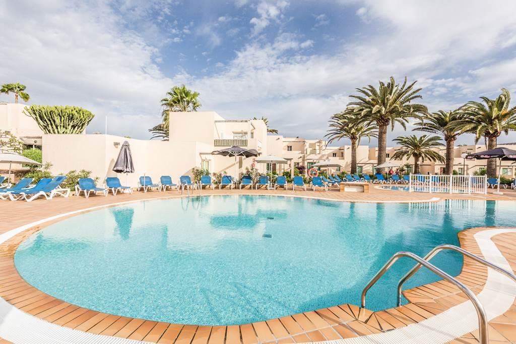 Fuerteventura May Bank Hols Family Break - Image 1