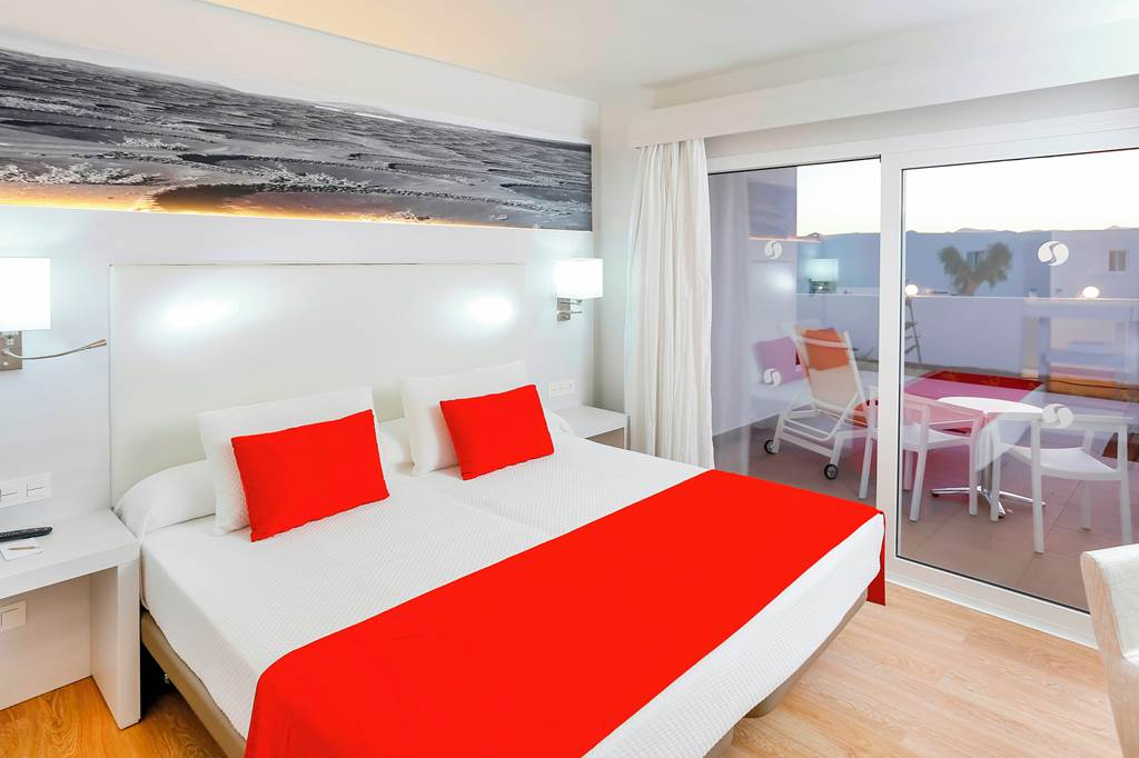 4* Half board Offer in Lanzarote - Image 3