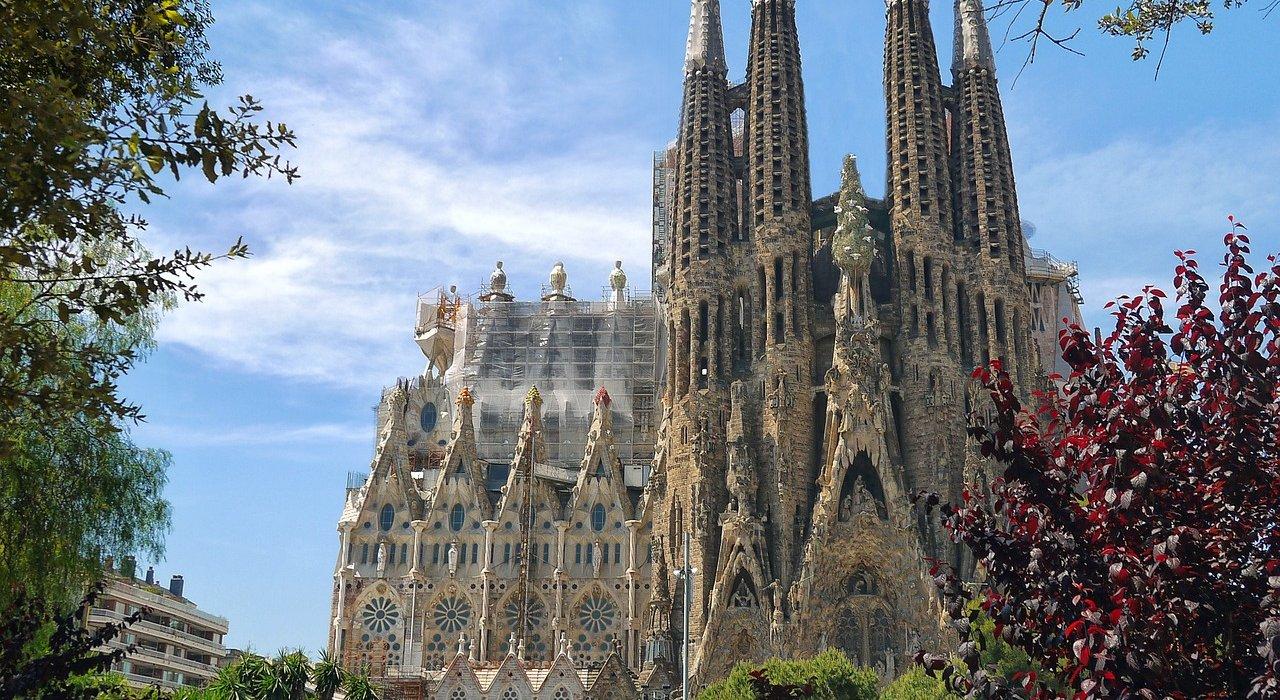 Barcelona & Nice Twin Citybreak - Image 5