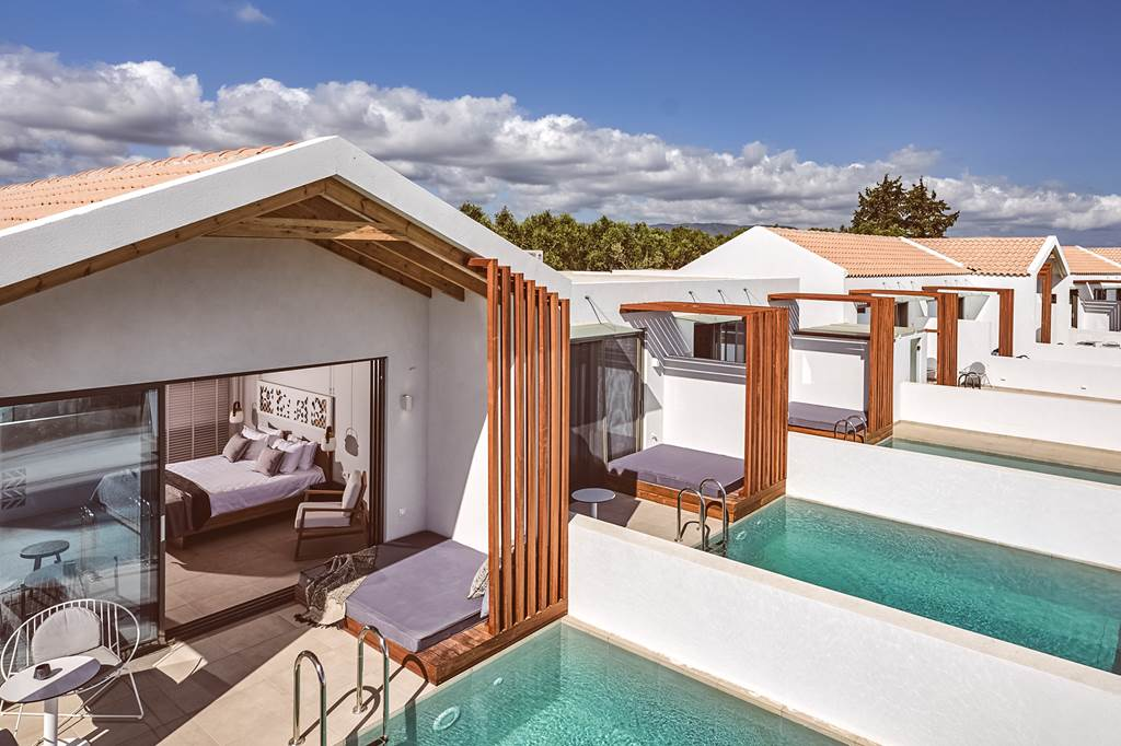 Zante 5* Luxury Private Pool - Image 1