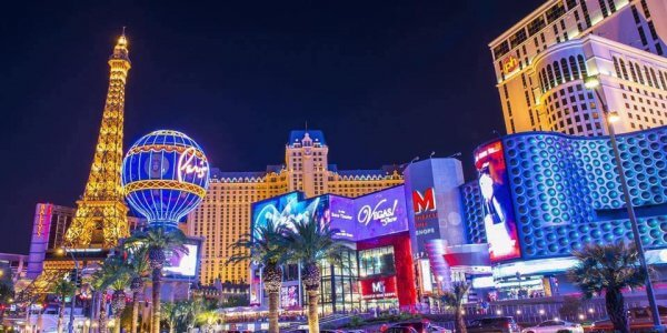 Spend Christmas in Las Vegas