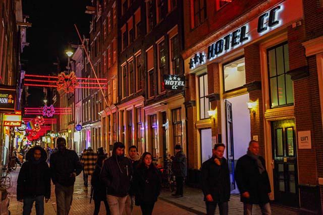 3 night Amsterdam NInja Special - Image 3
